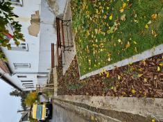 Revitalizácia okolia obecného úradu v Látkach